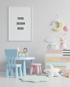 Simule moldura de pôster no quarto das crianças