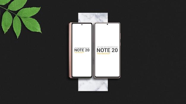 Smartphone dobrável com maquete de smartphone