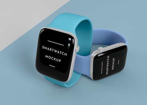 Smartwatches modernos com variedade de mock-ups de tela