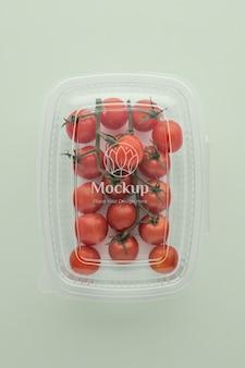 Sortido de tomates em embalagem mock-up