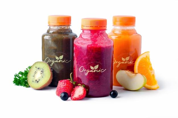 Sucos de vegetais de frutas frescos e saudáveis