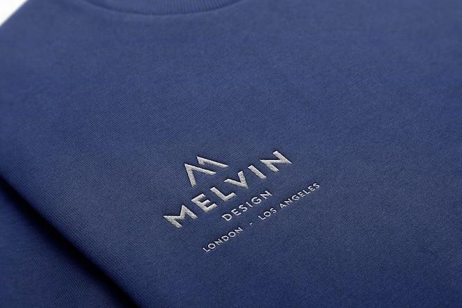 Suéter bordado de maquete de logotipo