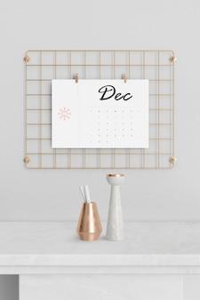 Suporte de metal quadrado de mock-up para calendário