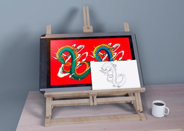 Suporte de pintura com pintura e esboço