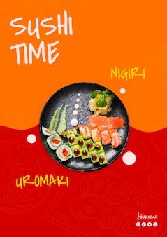Sushi tempo, nigiri e uramaki receita com peixe cru para restaurante japonês asiático