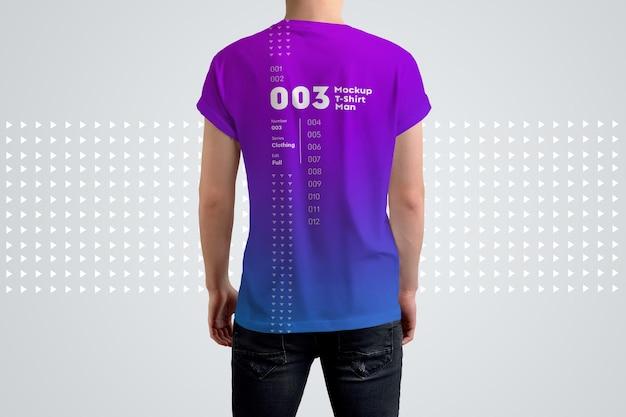 T-shirts de mockups do homem