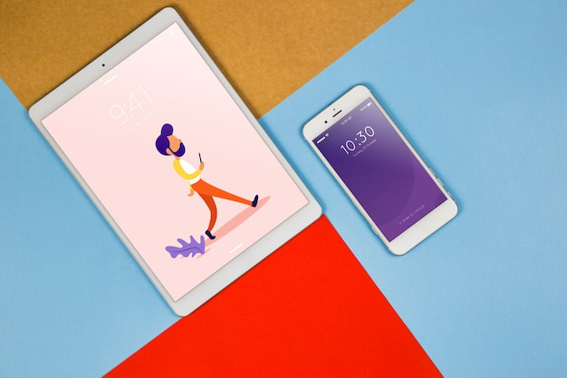 Tablet de vista superior e smartphone mockup