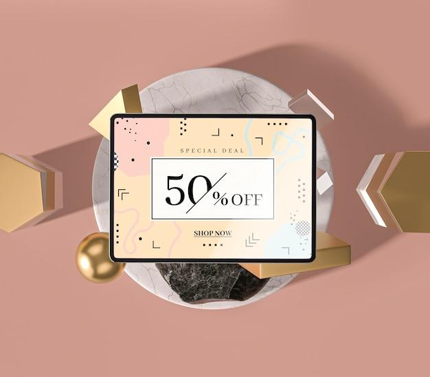 Tablet digital de maquete 3d e formas geométricas