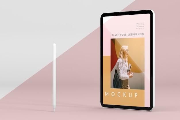 Tablet moderno com maquete de tela