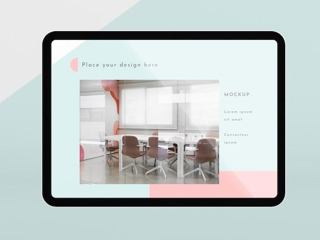 Tablet moderno de vista frontal com maquete de tela