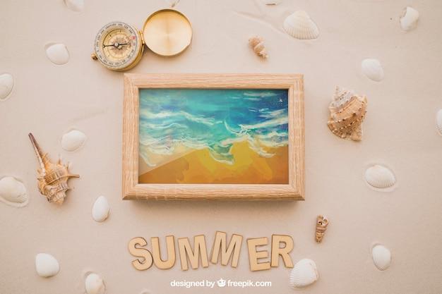 Tema de verão com bússola e quadro
