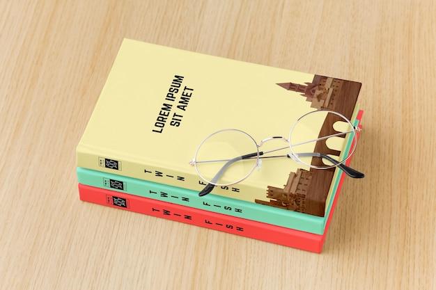 Variedade de capa de livro sobre fundo de madeira