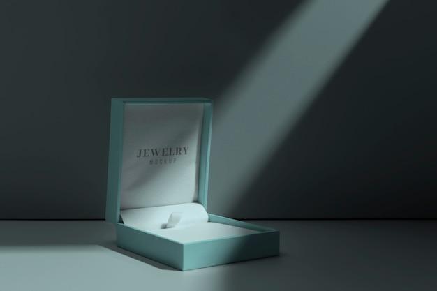 Variedade de embalagens de joias luxuosas