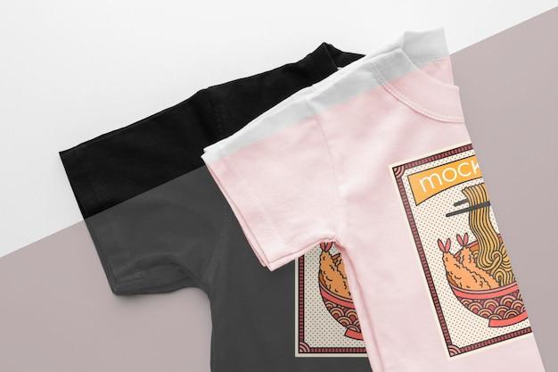 Variedade de mock-ups de camisetas japonesas