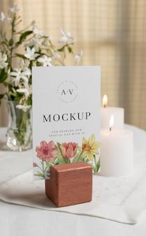 Variedade de modelos de cartões de casamento