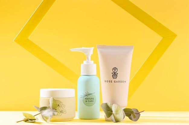Variedade de produtos cosméticos