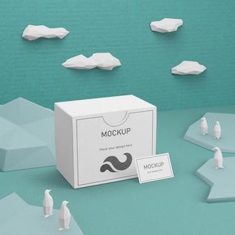 Vida marinha do dia do oceano e caixa de papelão com maquete