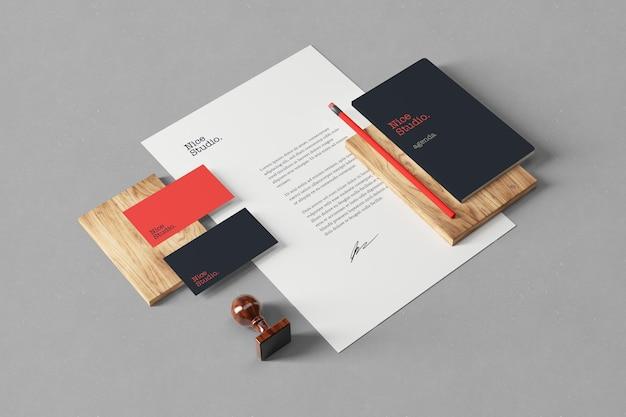 Visão em perspectiva de modelos de branding e papelaria