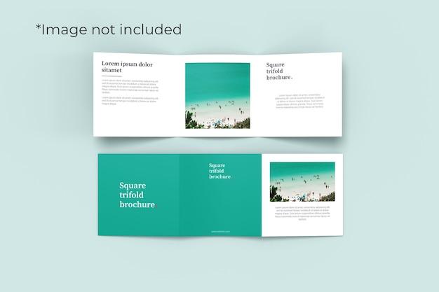 Vista de ângulo superior de maquete de brochura com duas dobras quadradas