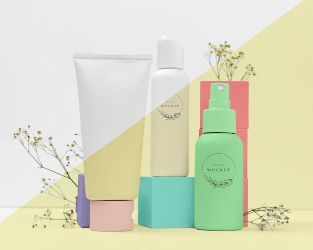 Vista frontal da coleção de produtos de beleza