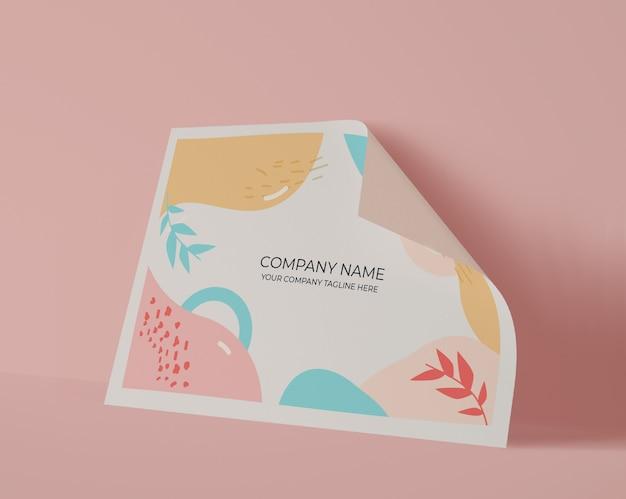 Vista frontal da folha de papel com cores pastel