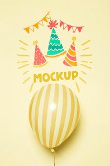 Vista frontal da maquete de balões de festa