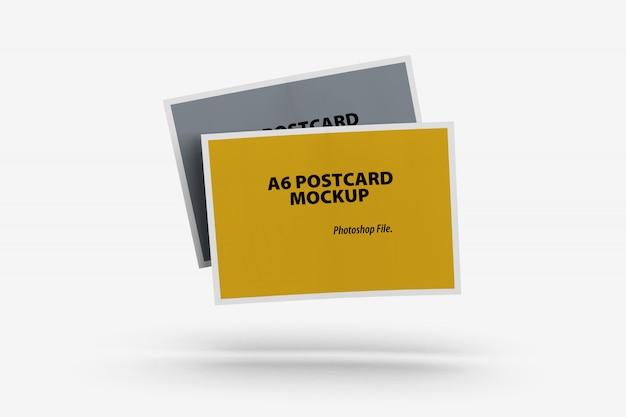 Vista frontal da maquete de cartão postal duplo flutuante