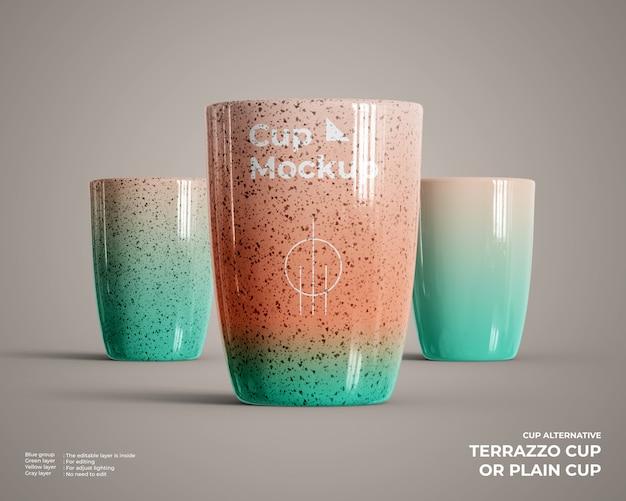 Vista frontal da maquete do copo de cerâmica