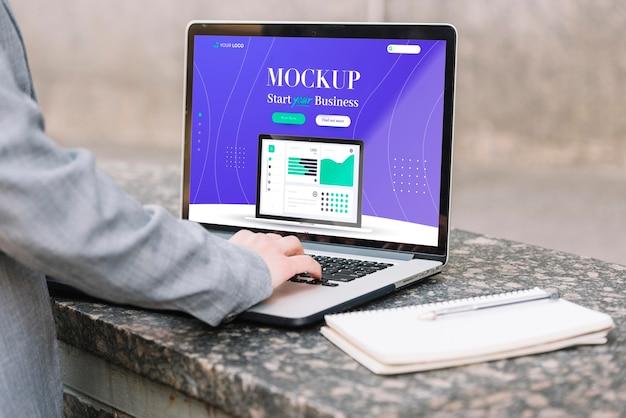 Vista frontal do mock-up do conceito de negócio