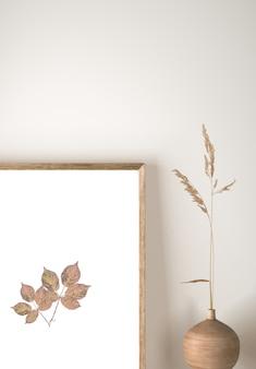 Vista frontal do vaso com flores e decoração de moldura