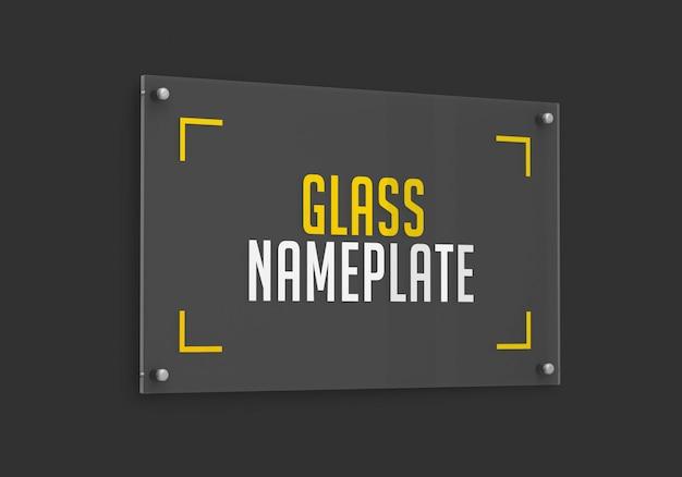 Vista lateral da maquete da placa de identificação de vidro retangular