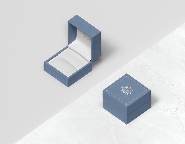 Vista superior caixa de presente azul com capa