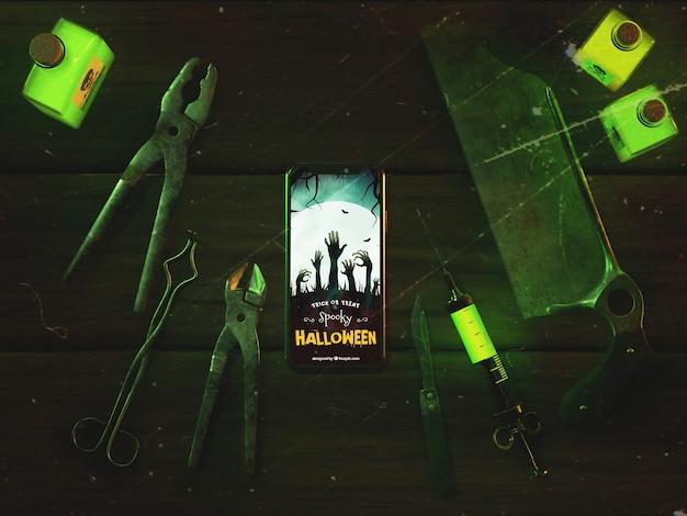 Vista superior conceito de halloween com smartphone