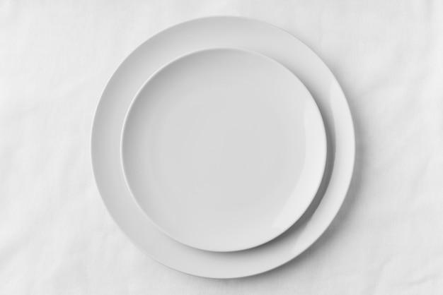 Vista superior da maquete de pratos de mesa