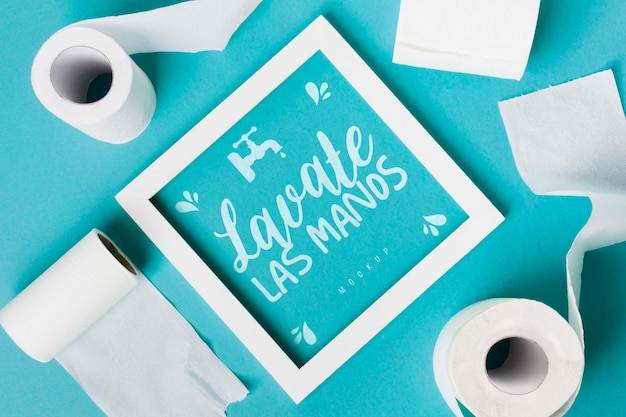 Vista superior de rolos de papel higiênico com moldura Psd Premium