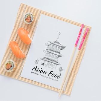 Vista superior deliciosa comida asiática conceito