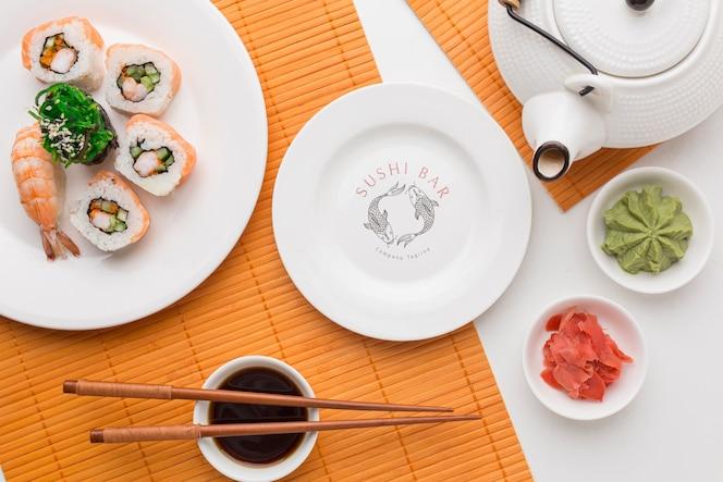 Vista superior deliciosa refeição de sushi