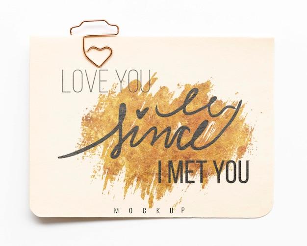 Vista superior do cartão com mensagem de amor