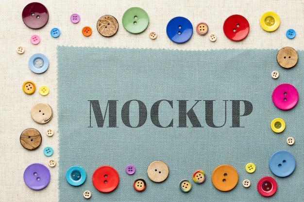 Vista superior do design da moldura do mock-up com botões coloridos