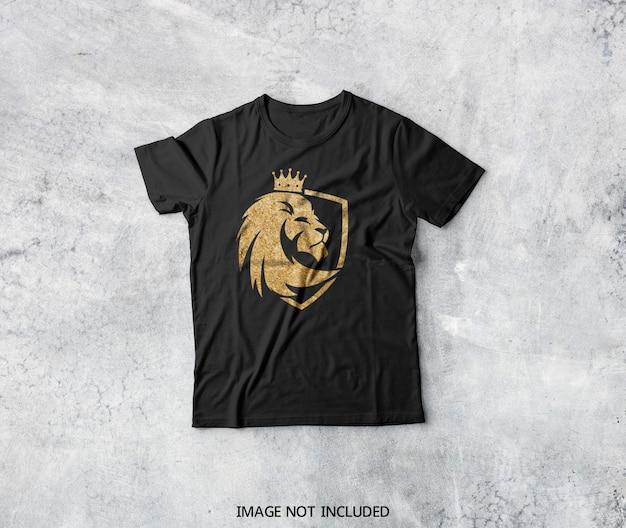 Vista superior em maquete de camiseta preta