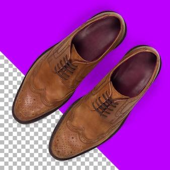 Vista superior isolada sapatos masculinos de couro marrom