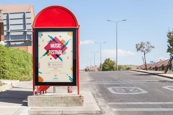 Maquette de panneau d'affichage à l'arrêt de bus