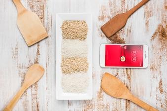 Maquette de smartphone avec maquette de cuisine japonaise