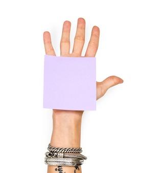 Hand, die Memoanmerkung zeigt