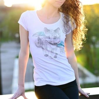 T-Shirt Mock-up-Design