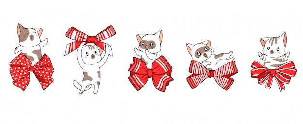 5 personnages de chats différents avec noeud papillon rouge