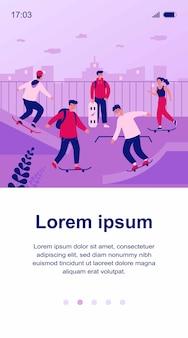 Adolescentes et gars appréciant les activités de planche à roulettes. jeunes skateurs pratiquant des sauts dans un parc de patinage extrême. illustration pour skatepark, mode de vie actif, loisirs, concept sportif
