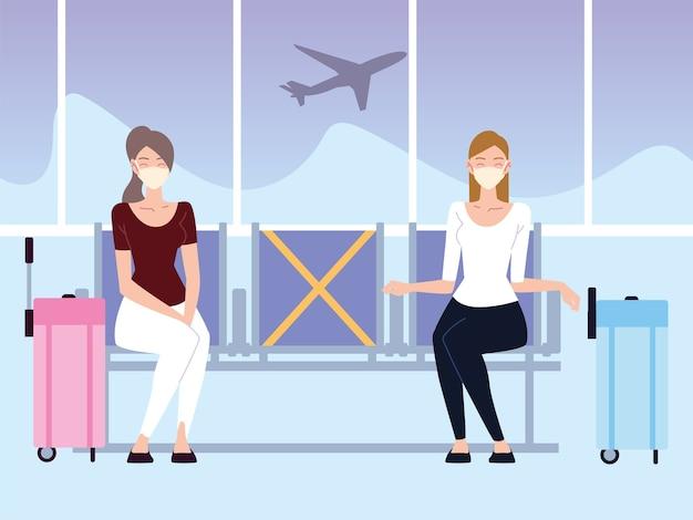 Aéroport nouvelle normale, jeunes femmes avec vol d'attente à distance sociale