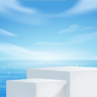 Affichage podium blanc avec palmier pour la présentation du produit, plage d'été avec mer bleue