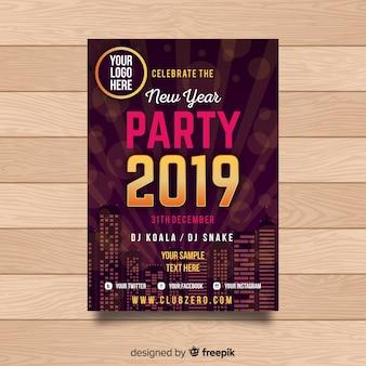 Affiche de fête du nouvel an 2019 élégant avec des éléments dorés